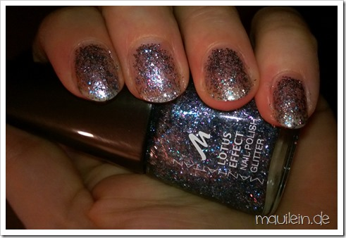 Manhattan Lotus Effect Glitter Nail Polish